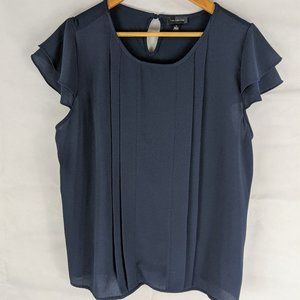 The Limited Blue Short-sleeve Top XL gently used